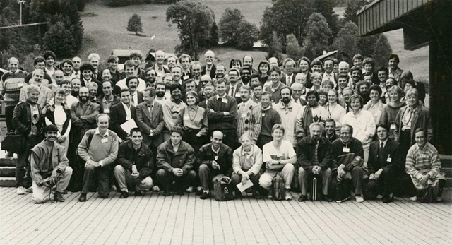 [1994: Aperiodic 94: Group photo]