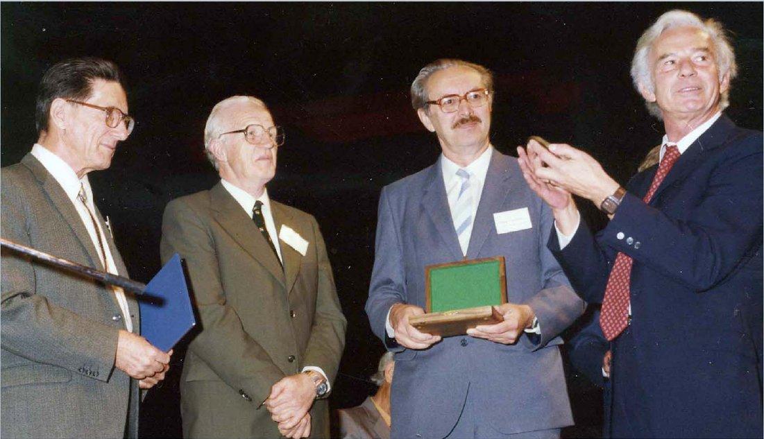 [Award of first Ewald Prize]