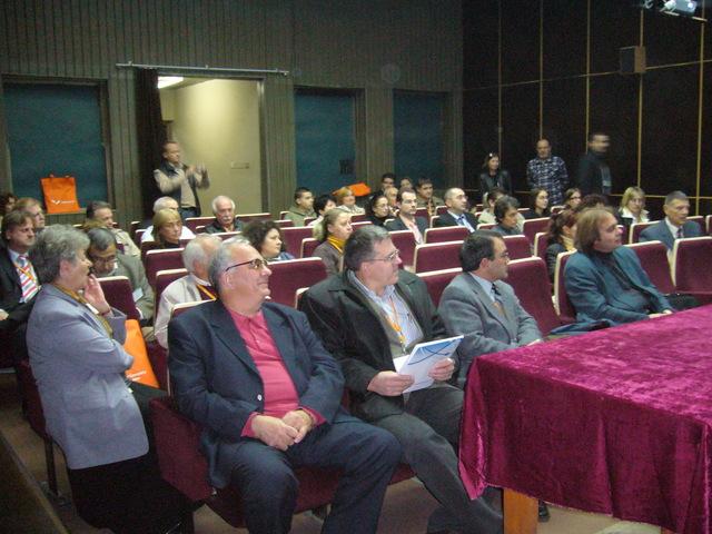 IUCr) First Bulgarian National Crystallographic Symposium