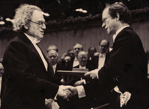 [H. Hauptman and the King of Sweden]