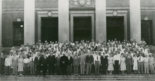 [Delegates at 1st IUCr Congress]