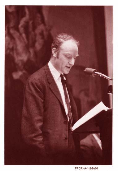 [F.Crick]