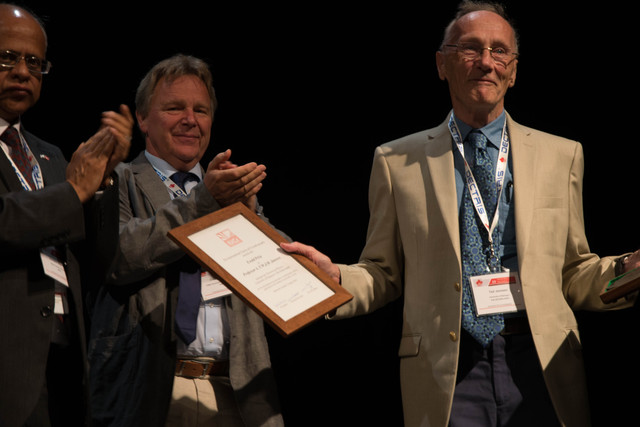 [2014: IUCr Congress and General Assembly: Ewald Prize]