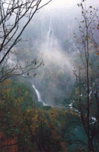 [Plitvice Lakes]