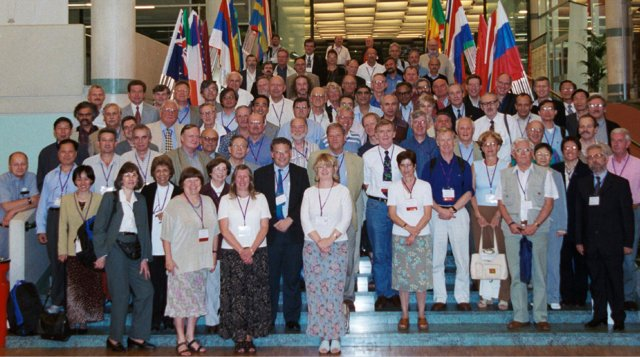 [Delegates at the 2002 Congress]